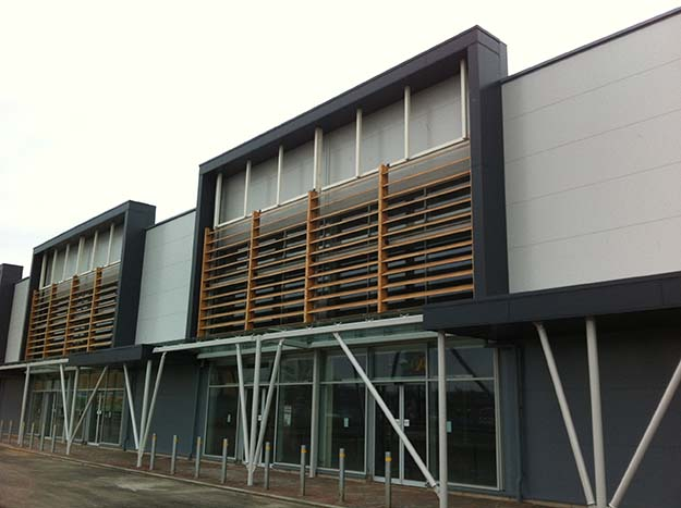 Roker Retail Park rainscreen cladding